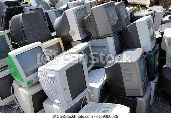 Old broken computers monitors - csp9080025