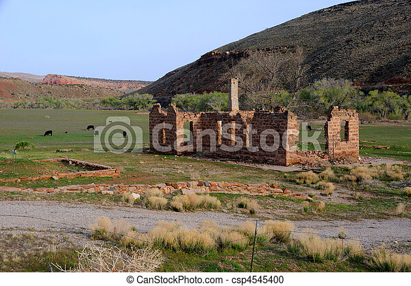 Old Building on Shivwits Paiute Indian Reservation in Utah - csp4545400