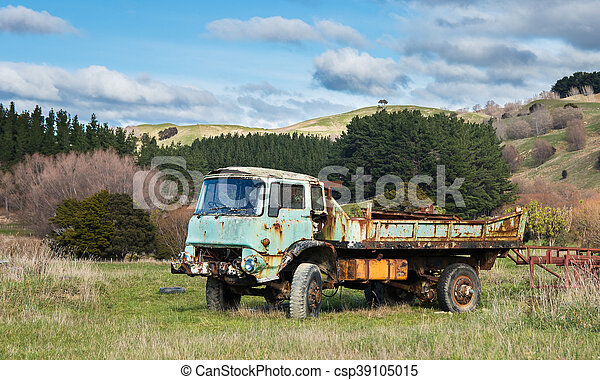 Old Farm Truck - csp39105015