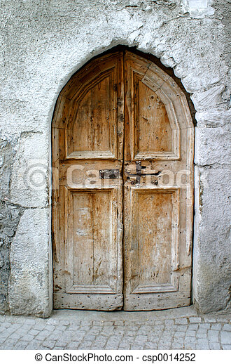 old little door - csp0014252