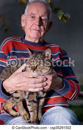 Old man with cat - csp35291502