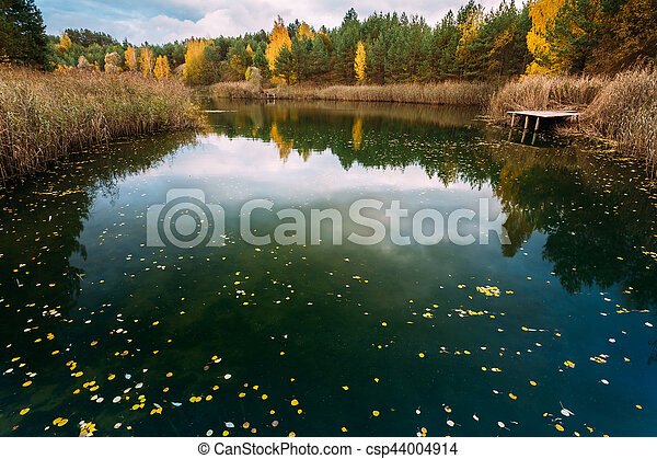 Old Small Wooden Pier For Fishing And Beautiful Lake - csp44004914