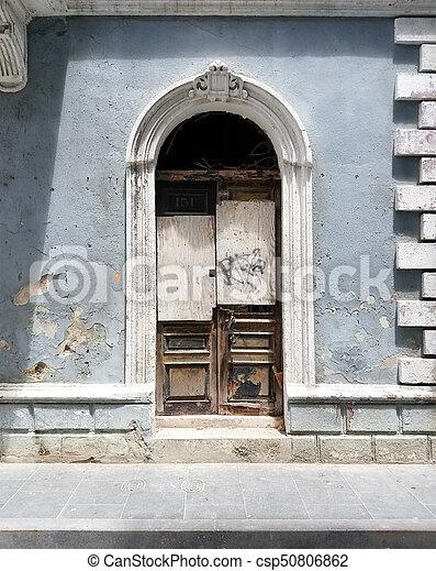 Old Spanish Door With A Door Knocker In San Juan, Puerto Rico.   Csp50806862