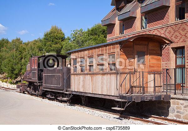Old steam locomotive - csp6735889