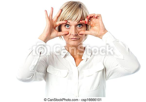 olhos largos, mulher, abertos, amadurecido - csp16666101