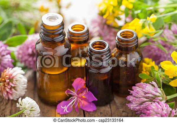 oliën, bloemen, essentieel, keukenkruiden, medisch - csp23133164