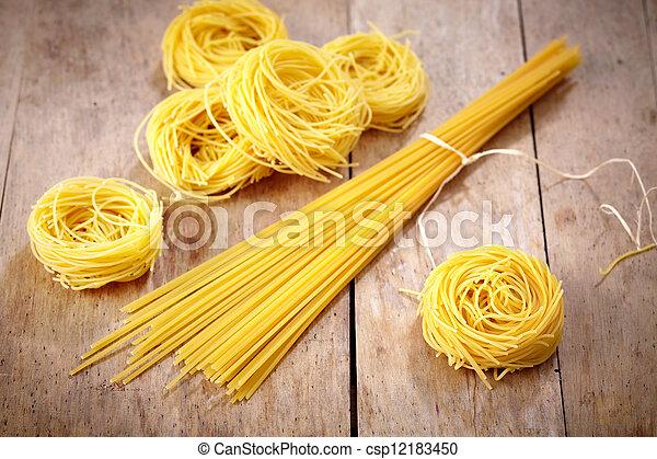 olika, spagetti - csp12183450