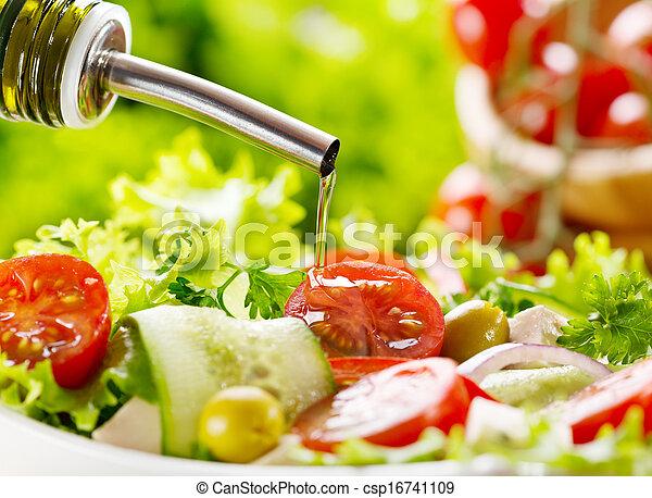 olive, over gietend, olie, slaatje - csp16741109