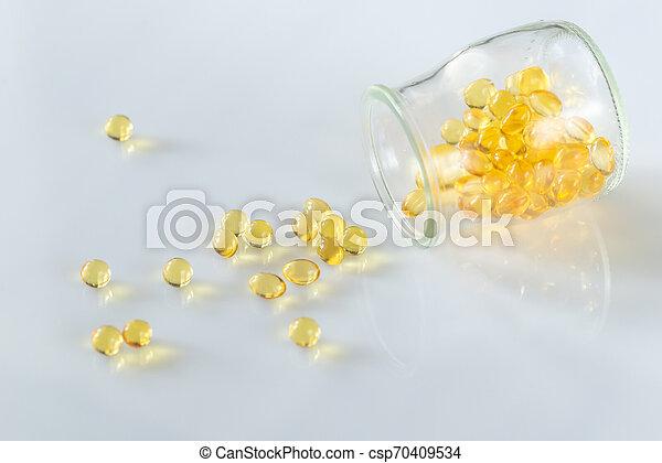 Omega-3 fish oil capsules - csp70409534
