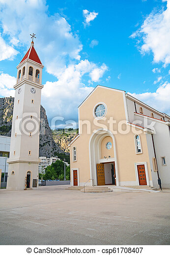 omis, str., croatia., petra, kirche - csp61708407
