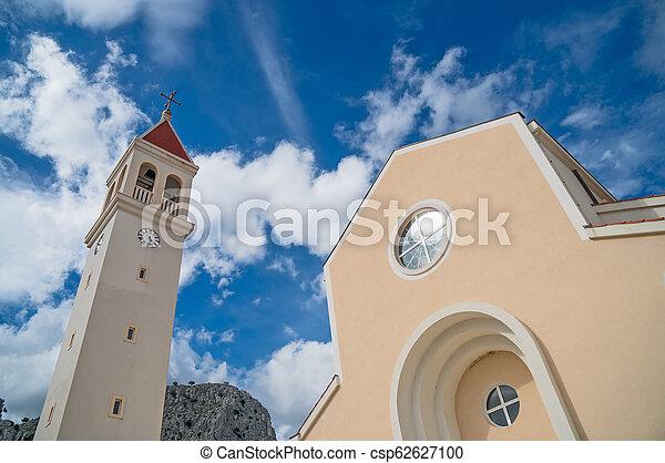 omis, str., croatia., petra, kirche - csp62627100