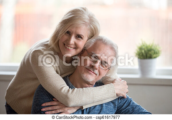 Åldrig Hustru