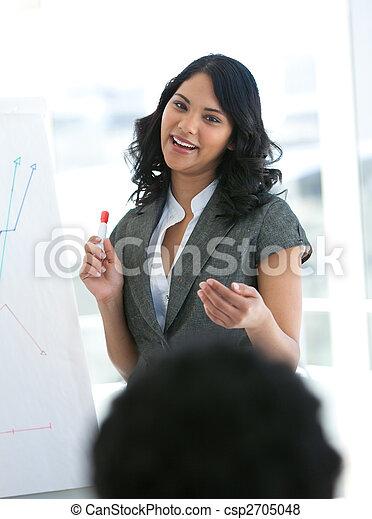 omzet, ethnische , figuren, businesswoman, berichtgeving - csp2705048
