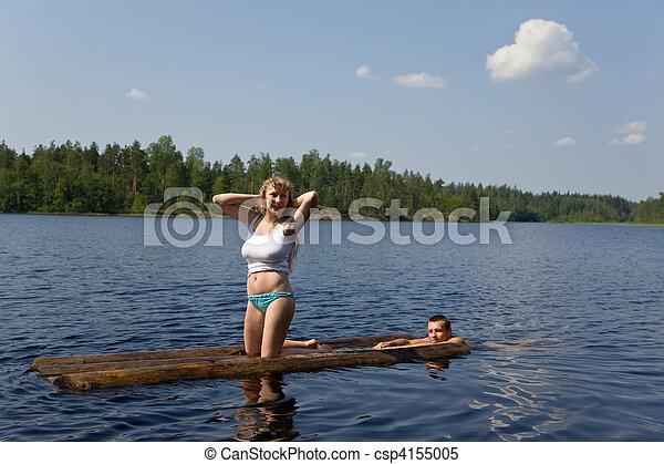On a raft - csp4155005