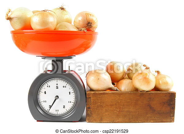 Onions on scales and in a box - csp22191529