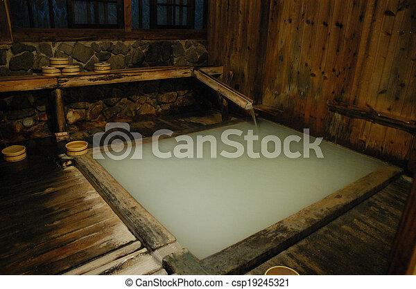 bois int rieur japonaise traditionnel baignoire onsen. Black Bedroom Furniture Sets. Home Design Ideas