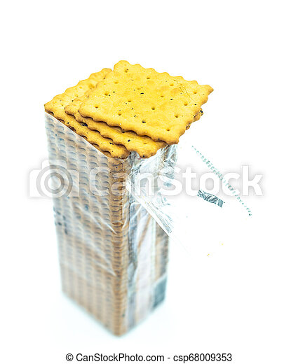 opened pack of the crackers - csp68009353