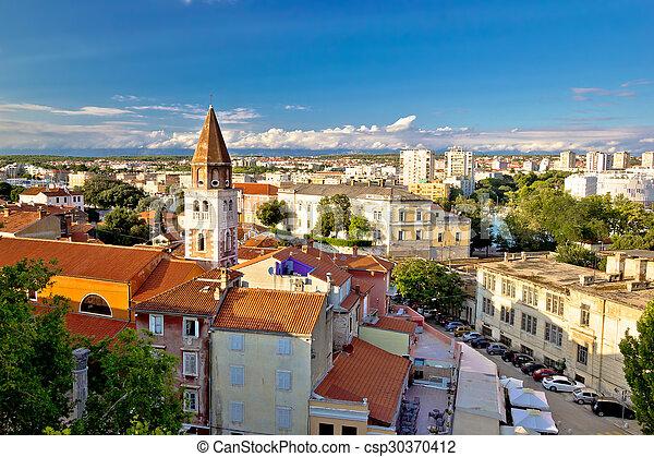 La antigua ciudad de la vista aérea de Zadar - csp30370412
