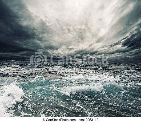 orage, océan - csp12053113