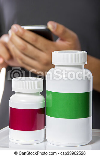 Ordering Supplements at an Online Pharmacy - csp33962528