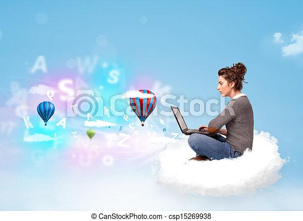 ordinateur portable, femme, jeune, nuage, séance - csp15269938