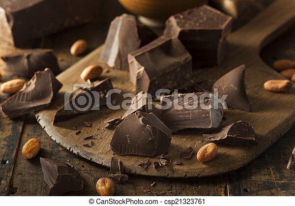 Organic Dark Chocolate Chunks - csp21323761