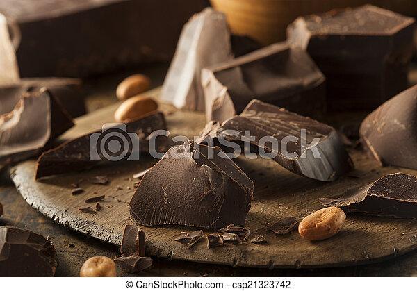 Organic Dark Chocolate Chunks - csp21323742