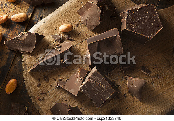 Organic Dark Chocolate Chunks - csp21323748