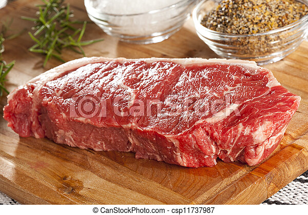 Organic Red Raw Steak Sirloin - csp11737987