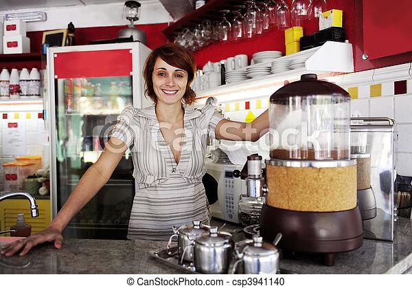 orgulloso, pequeño, dueño, business:, o, camarera - csp3941140