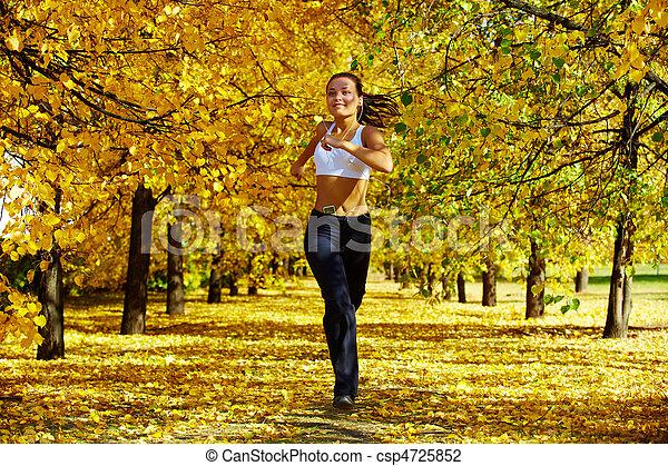 otoño, condición física - csp4725852