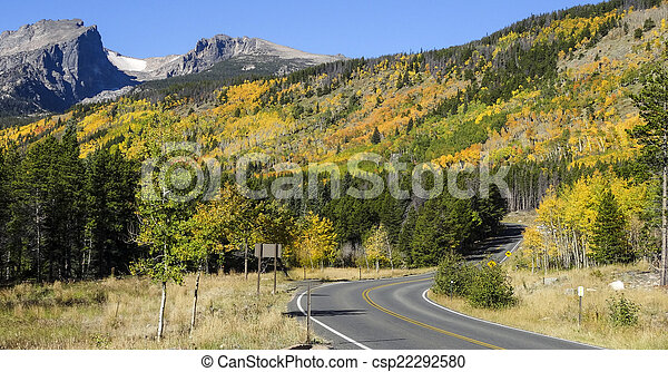 Autumn Rocky Mountain National Park - csp22292580