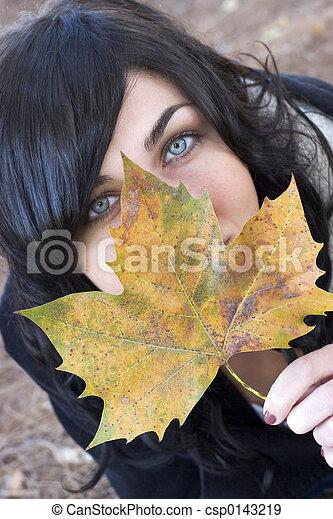 otoño, mujer - csp0143219