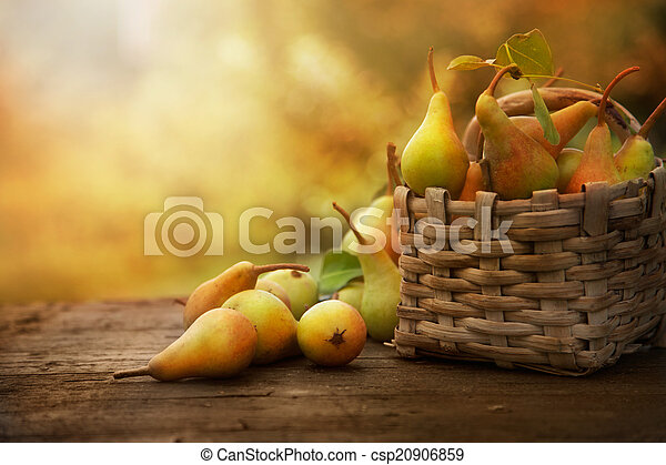 otoño, peras - csp20906859