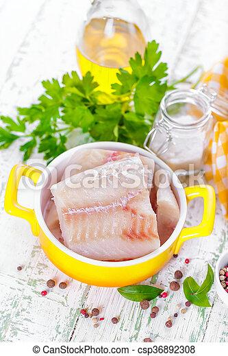 otrzyjcie skórę rybę - csp36892308