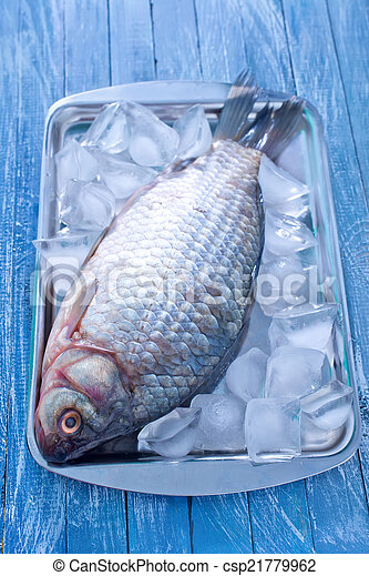otrzyjcie skórę rybę - csp21779962