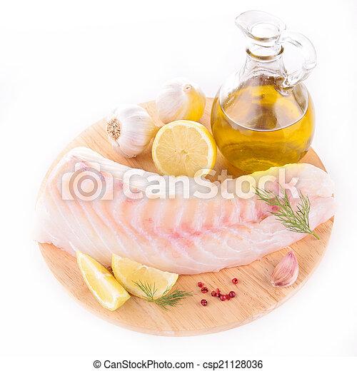 otrzyjcie skórę rybę - csp21128036
