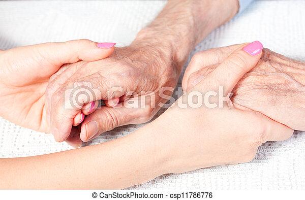 otthon, öregedő törődik - csp11786776