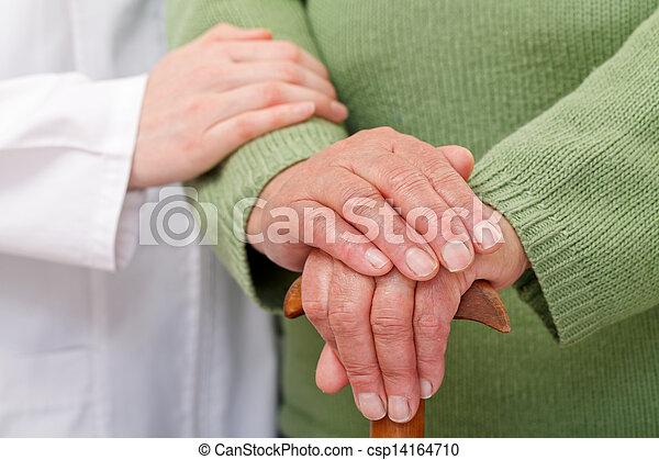 otthon, öregedő törődik - csp14164710