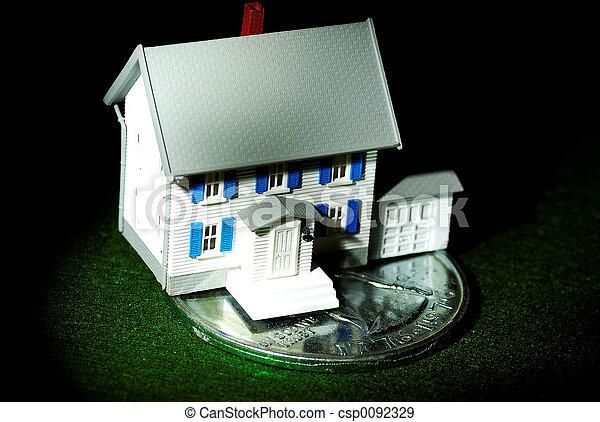 otthon, megtakarítás - csp0092329