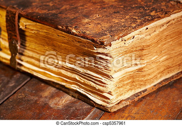 oud, boek - csp5357961