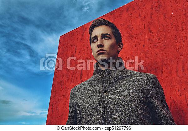 Outdoor Fashion Shot Vogue Handsome Fashionable Man Model