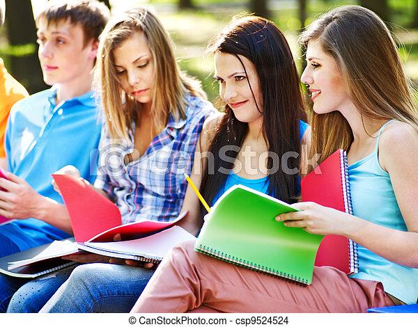 outdoor., quaderno, gruppo, studente - csp9524524