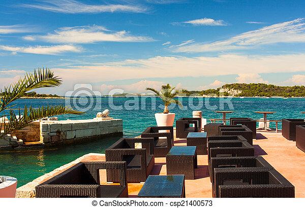 Outdoor restaurant - csp21400573