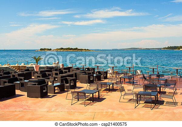 Outdoor restaurant - csp21400575