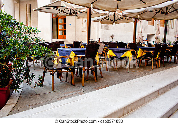 Outdoor restaurant - csp8371830