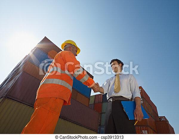 ouvrier, cargaison, manuel, récipients, homme affaires - csp3913313