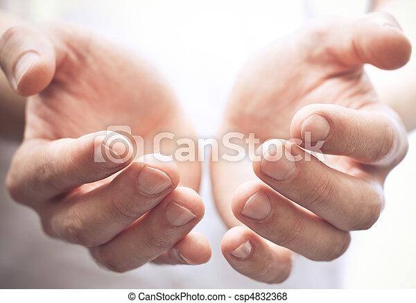 ouvrir mains - csp4832368