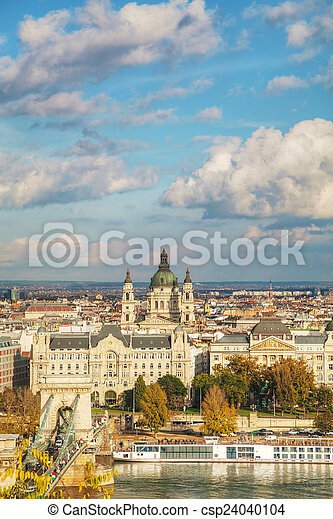 Overview of Budapest on a cloudy day - csp24040104