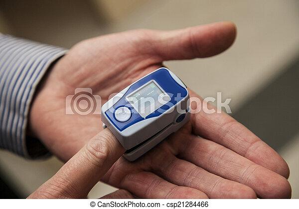 Oximetro de pulso - csp21284466